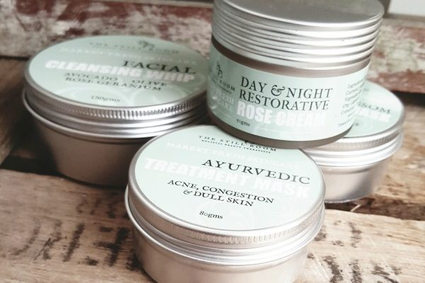 NATURAL, ORGANIC & HAND BLENDED BY SKIN SPECIALISTS